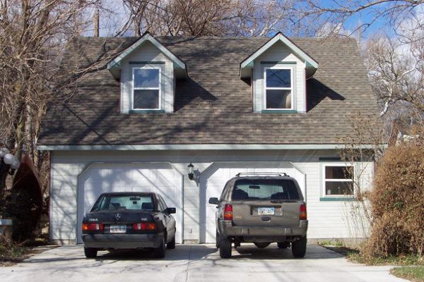 b-and-r-custom-garage2